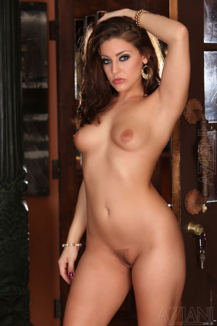 Gracie Glam Naked