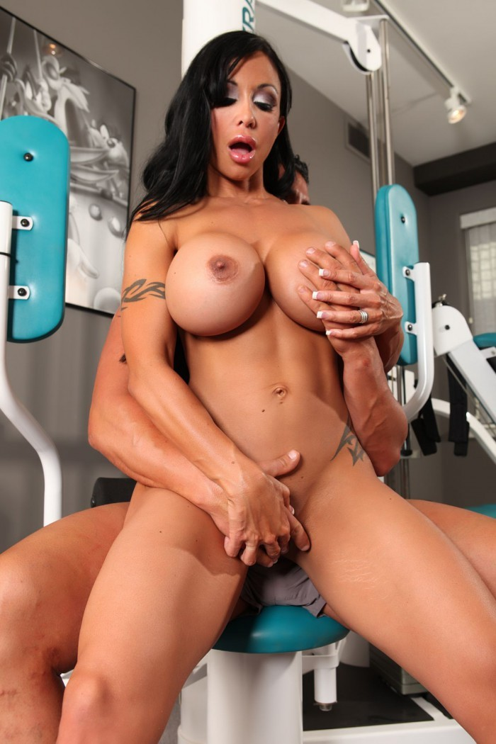 free-muscle-exotica-splits-porn-video