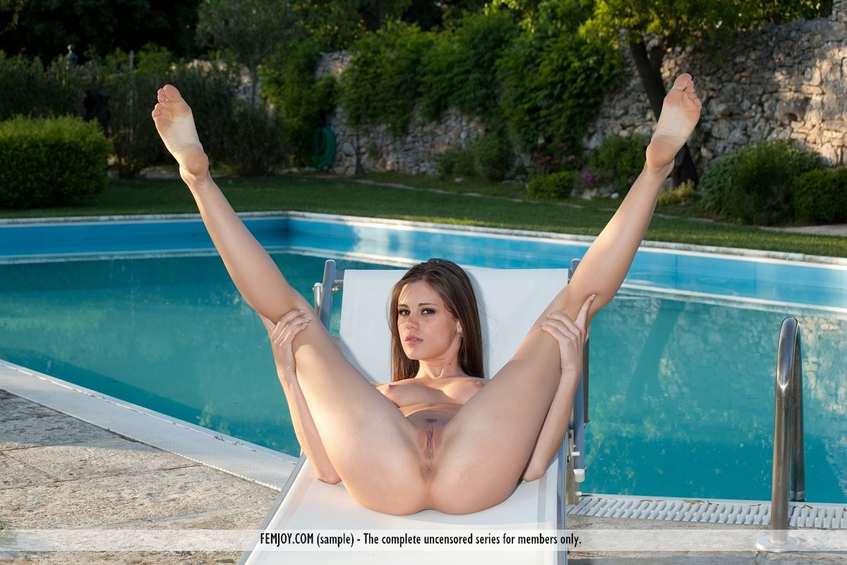 Little Caprice Ass and Pussy